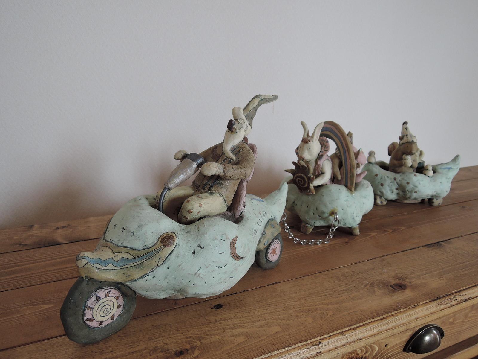 門脇美香江さんの陶器オブジェ 季節のパレード