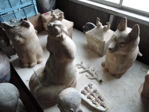 濱比嘉さん陶房 大きな作品たち