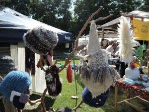 八糸の美工房さんの羊毛作品展示風景