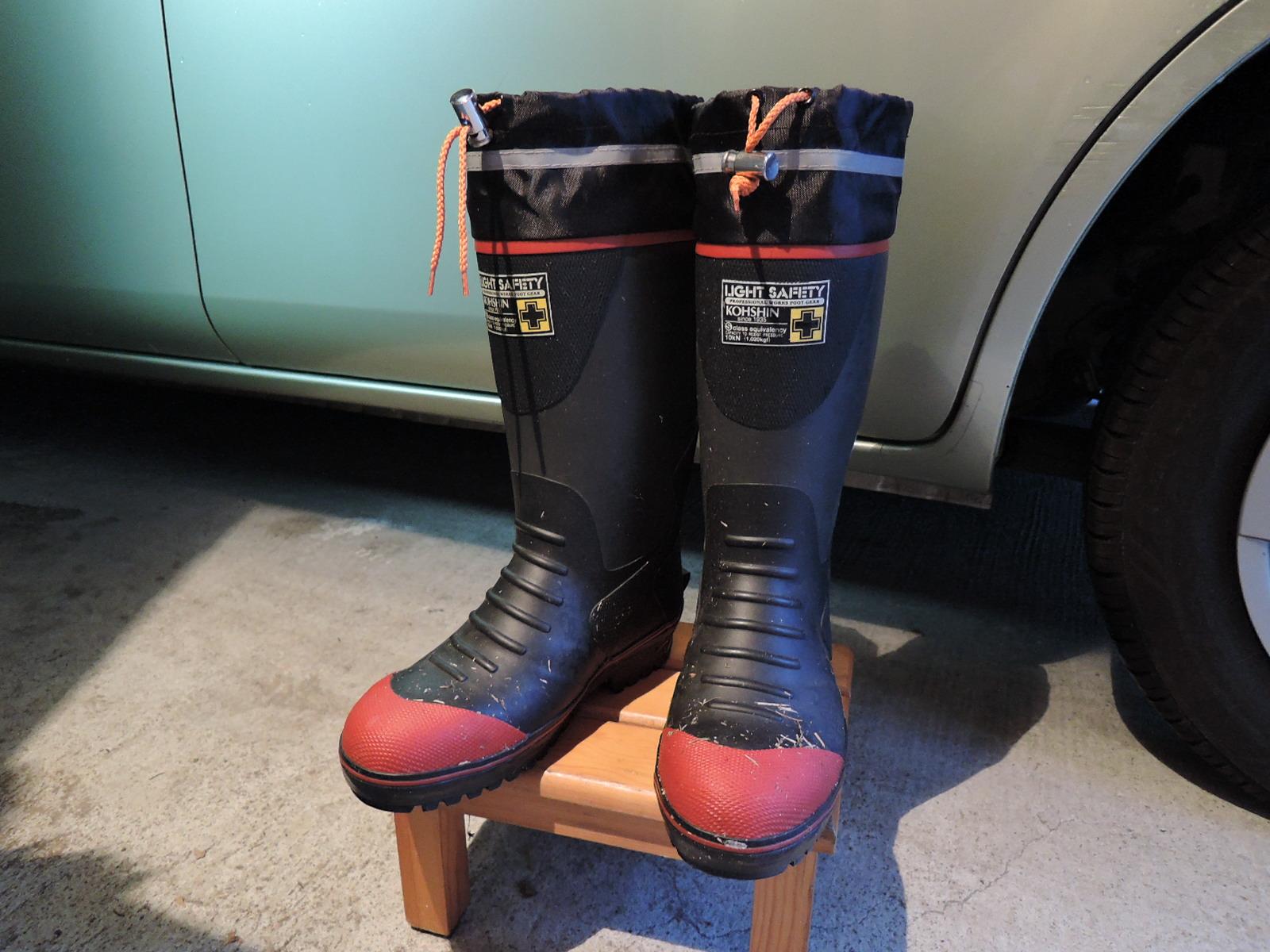 雨の中、会場を歩いた愛用の長靴