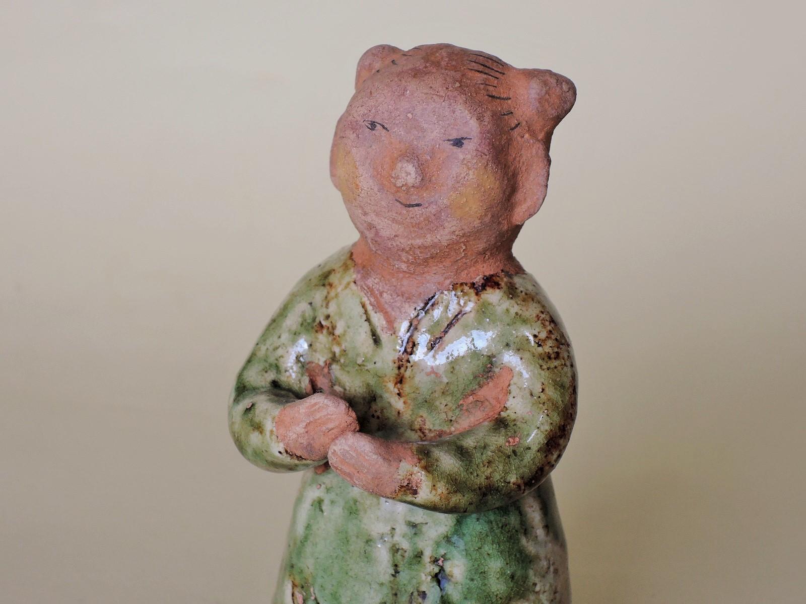 濱比嘉詩子さん陶彫人形 可愛い女の子