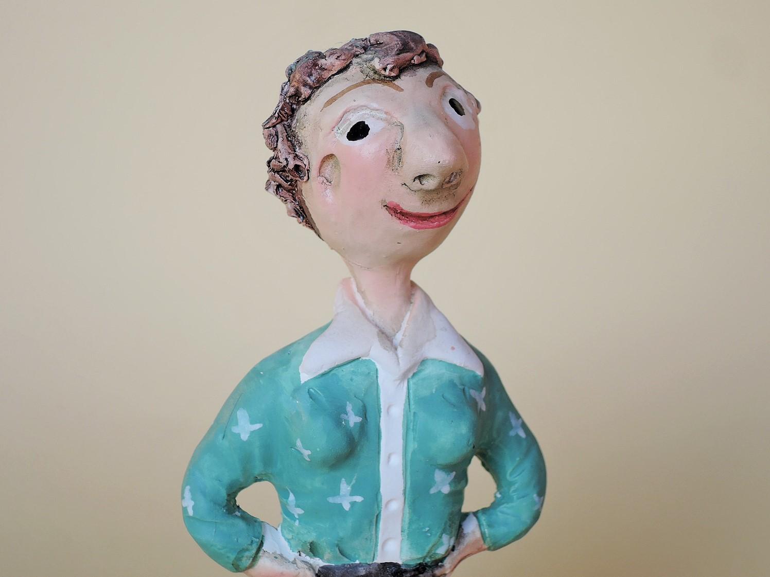 Fernando Morgado(ポルトガル)陶人形 ミーニョの女性