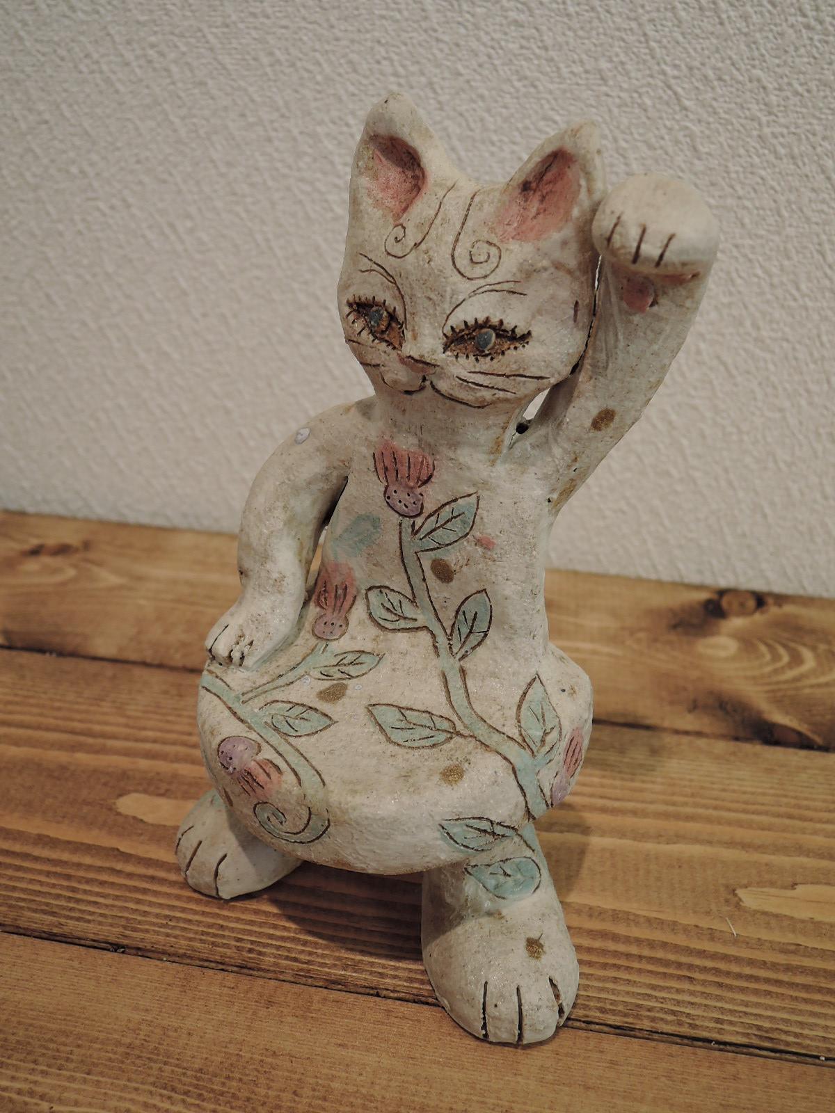 おぬきなつさんのモダンな招き猫