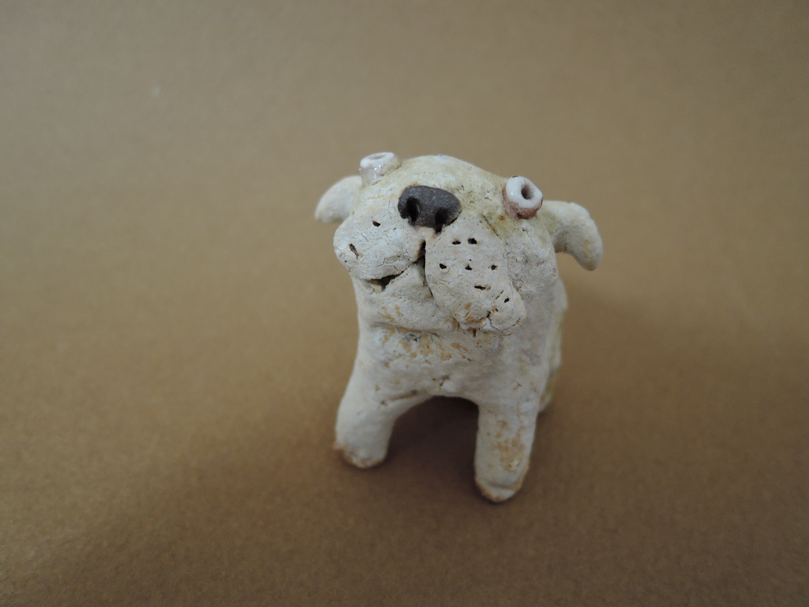 前川幸市さんの犬のオブジェ