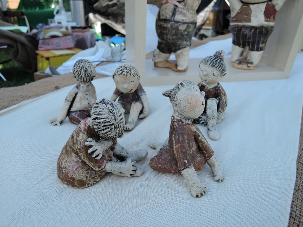 愛知県の作家大井隆子さんの陶人形
