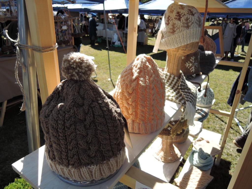 kleine Biene さんのブース作品 柔らかい色柔らかい編み