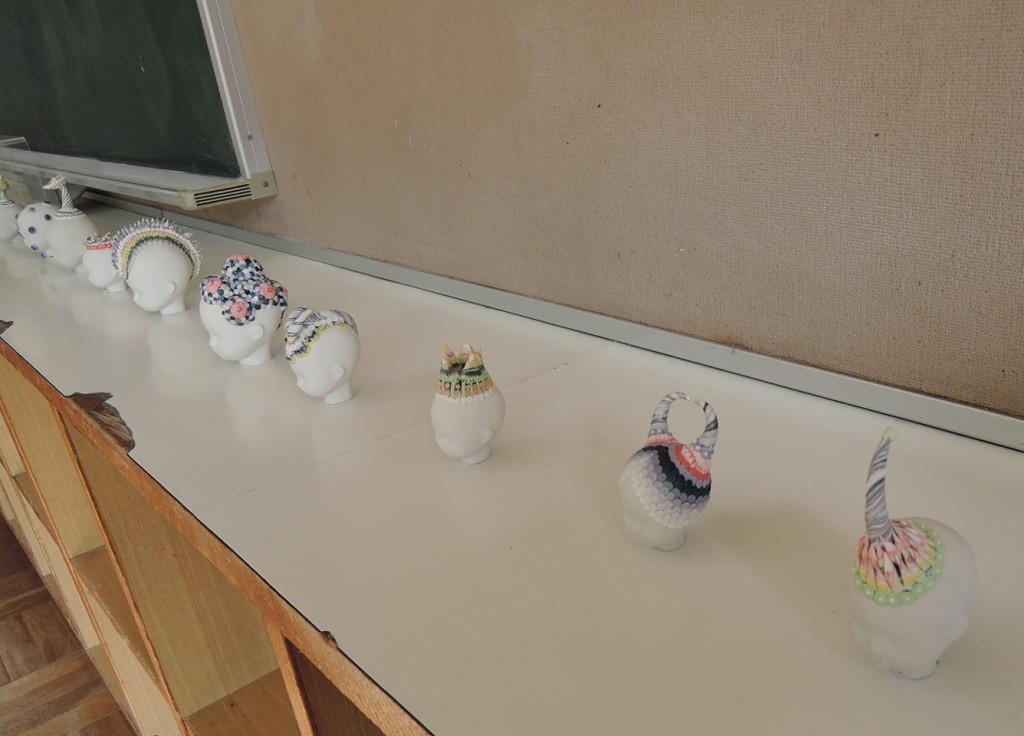 旧笹間中学校に展示されているインスタレーション作品