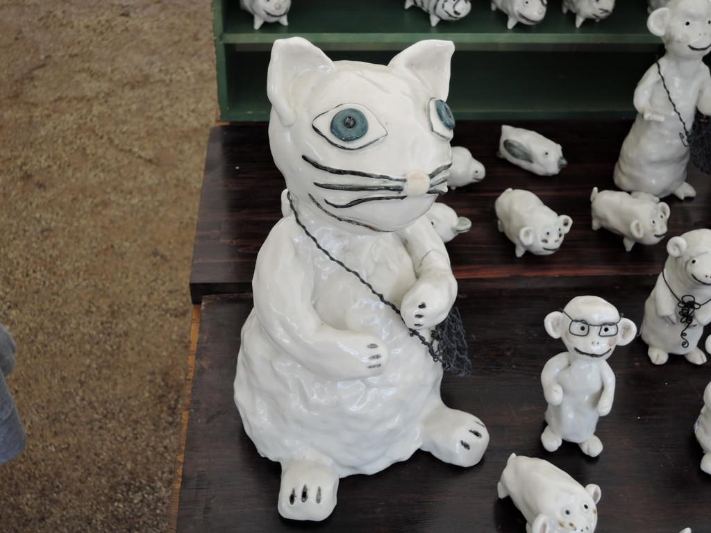 岡田育子さんの陶人形 目力キャット