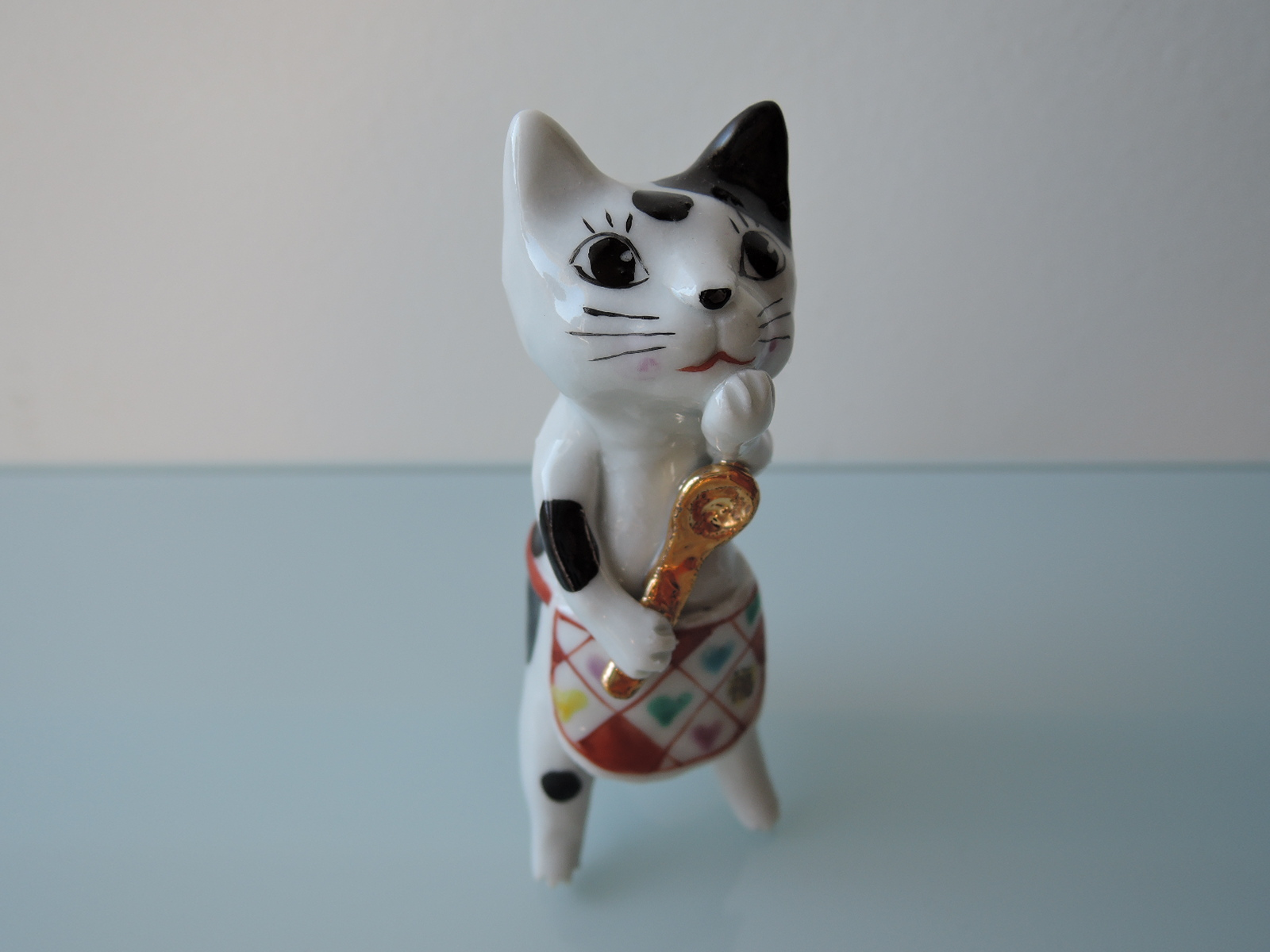 東早苗(九谷さなぼ・九谷早房)さんの猫のオブジェ