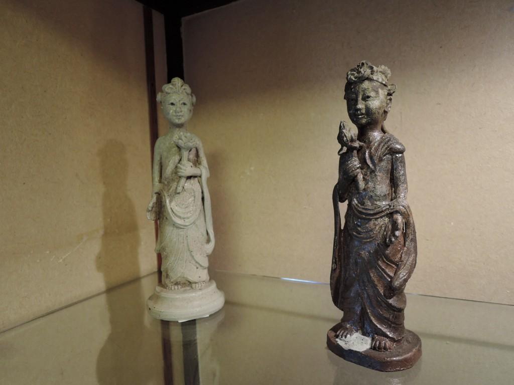屋久島埴生窯(はにいがま)山下正行さん陶展の作品