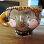 増田光さんの顔マグカップ