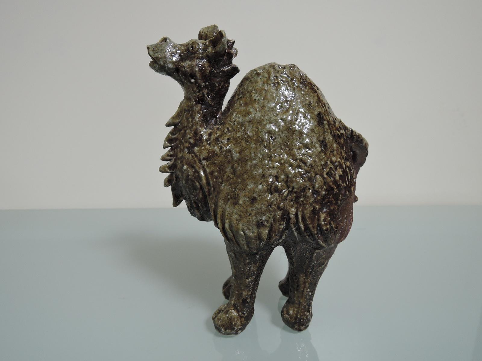 埴生窯(はにいがま)山下正行さんのラクダの注器