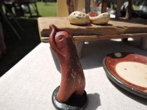 兵庫の陶芸家 朴洋絵さんの展示作品 風にそよぐ陶人形