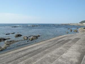 千倉の海岸、晴れ渡る5月の空