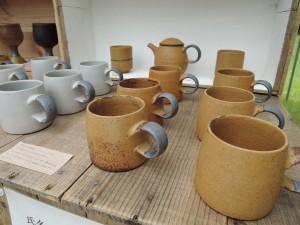森の種陶工所さんの作品展示風景