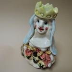 ポルトガルsapateiroさんの作品 冠の女性像