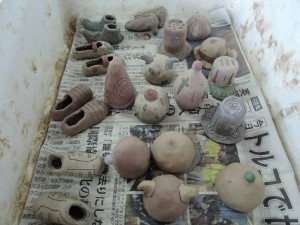 門脇美香江さんの陶房で。