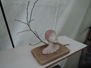 村上奨さんの胸像