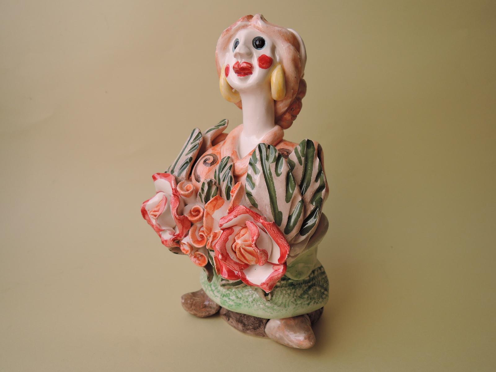 ポルトガルの陶芸家CoceicaoSapateiroさんのFigurado夏の娘