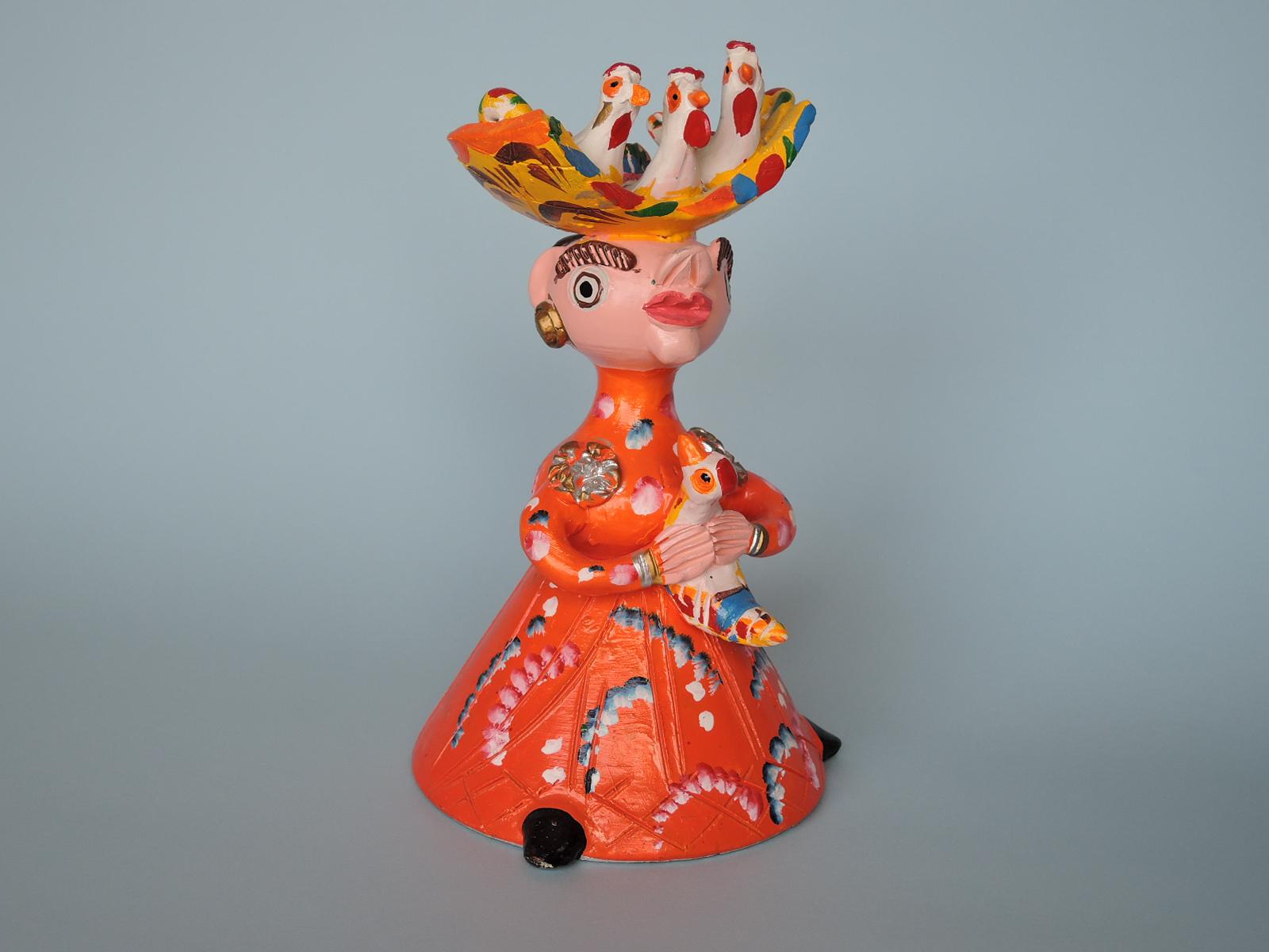 ジュリアコタさんの作品 幸運の雄鶏を運ぶミーニョの女性