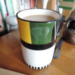 黄色と緑が綺麗なマグカップ
