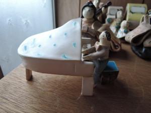 ぺくさんの作品 ピアノを弾く人