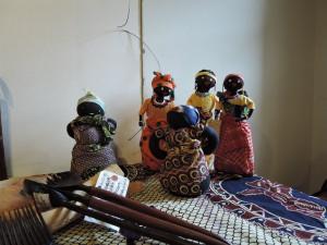 モザンビーク製の人形
