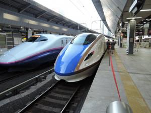 早朝6時過ぎ東京駅 北陸新幹線