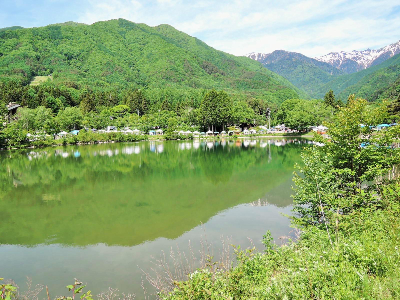 いい天気!駒が池の風景