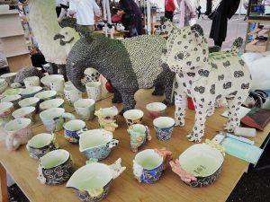 不思議な動物と不思議なマグ浜坂尚子さんブース