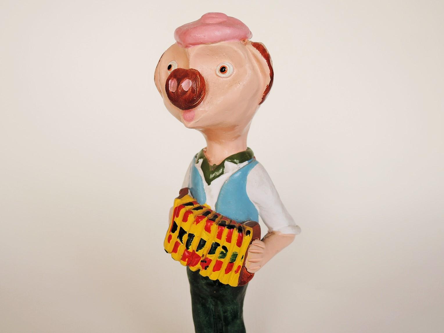 ポルトガル陶器 ジョアンフェレイラ陶人形 ブタのアコーディオン奏者