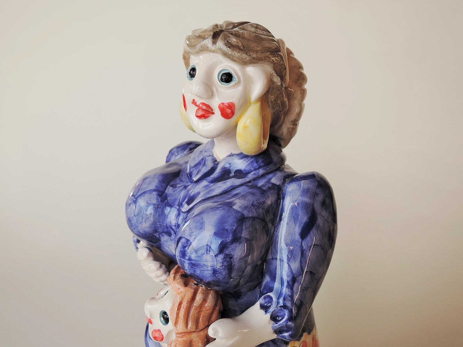 ポルトガル陶器 母の愛 コンセイサォンサパティロ作品